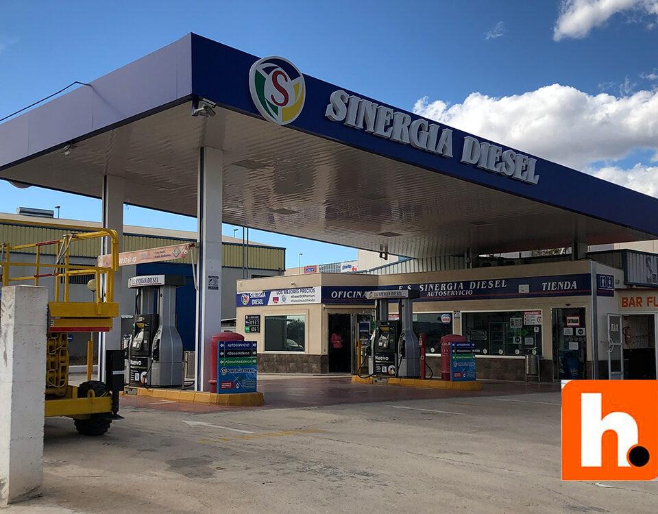 rotulacion gasolinera puerto lumbreras